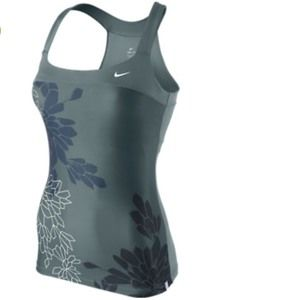 Nike Women's Graphic Racerback Tank with Bra Small
